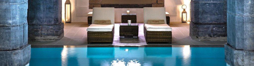 Découvrez nos hôtels avec piscine intérieure