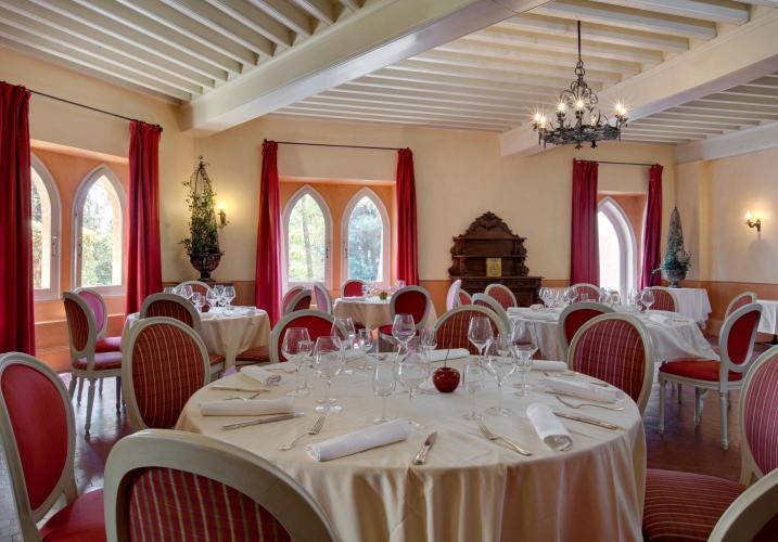 Hostellerie du Château des Fines Roches-16