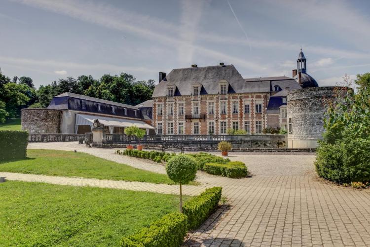 Château d'Étoges-1