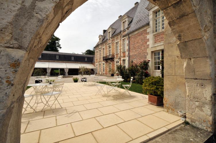 Château d'Étoges-23