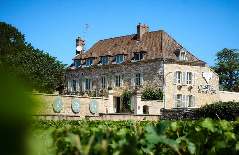 Castel de Très Girard-16