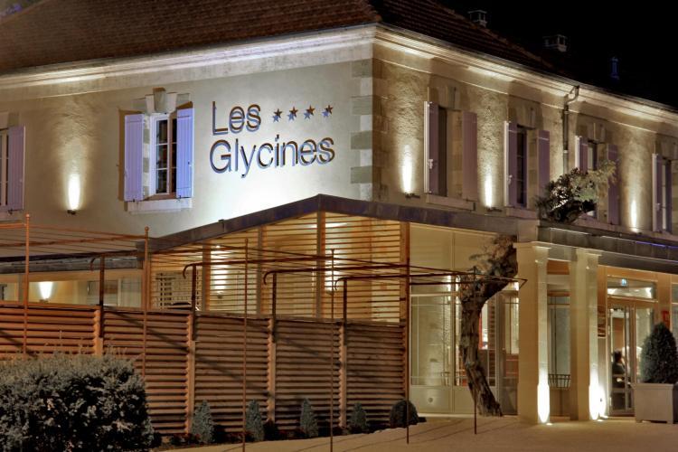Hôtel Les Glycines & SPA-2