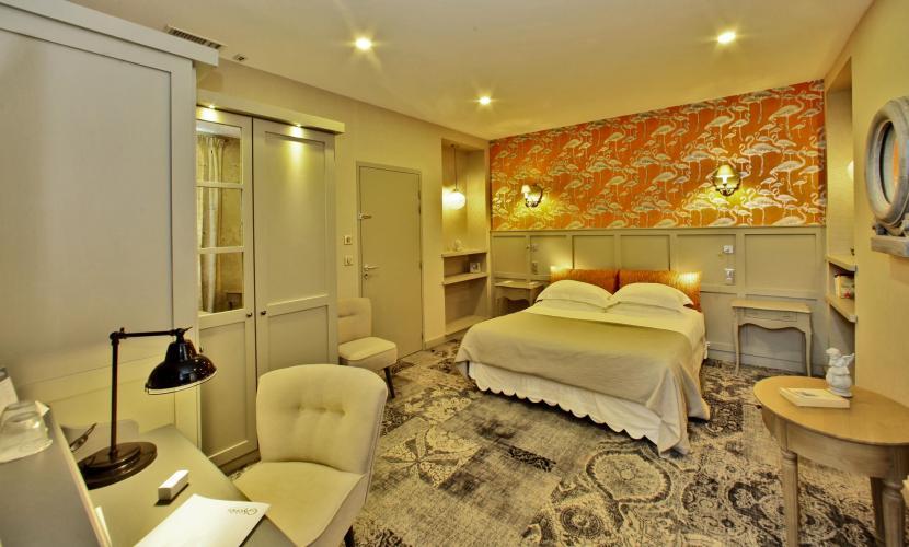 Hôtel Les Glycines & SPA-9