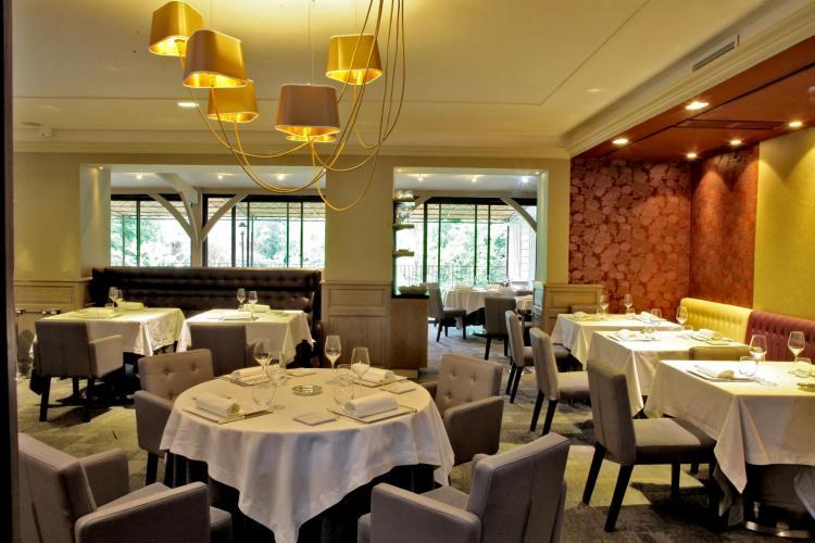 Hôtel Les Glycines & SPA-12