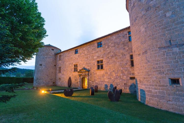 Château des Ducs de Joyeuse-12