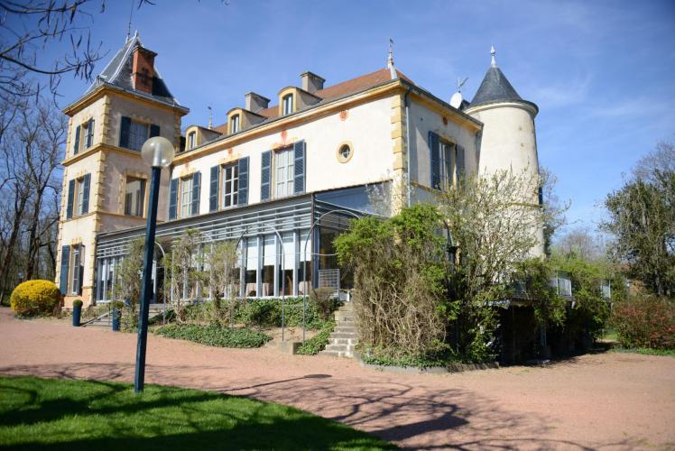 Le Château de Champlong GOLF & SPA-1
