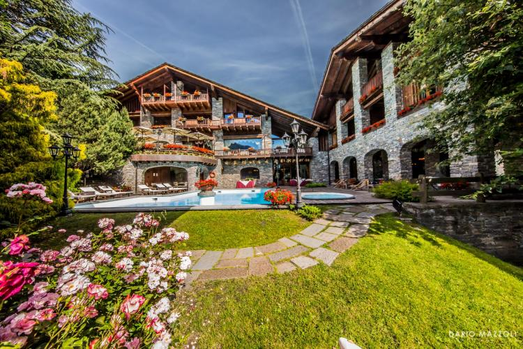 Relais Mont Blanc Hotel & SPA-1