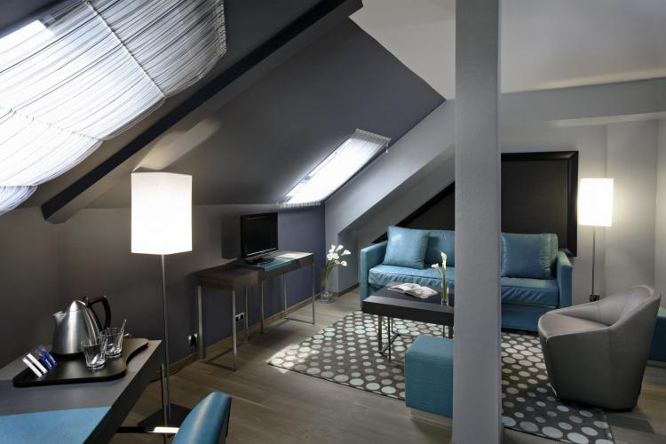 Hôtel Bassano-5