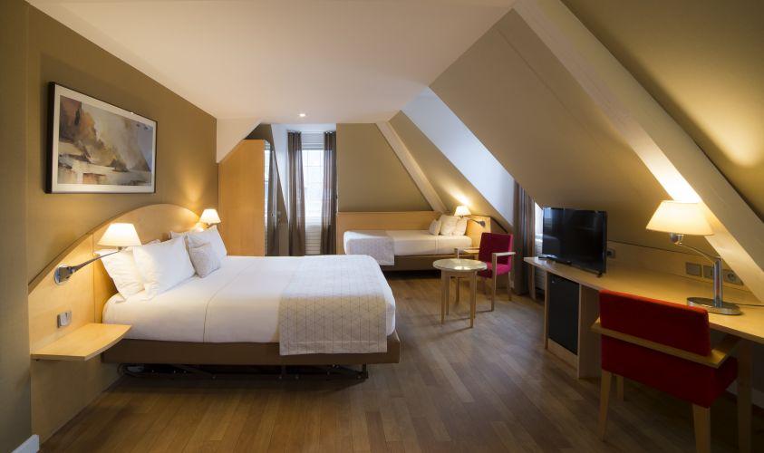 Hannong Hotel & Wine Bar-4