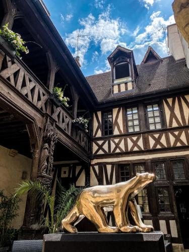 Maison Philippe Le Bon-7