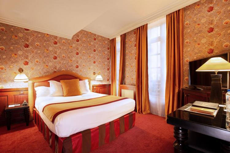 Grand Hôtel De Lopéra Charming Hotel In Midi Pyrénées
