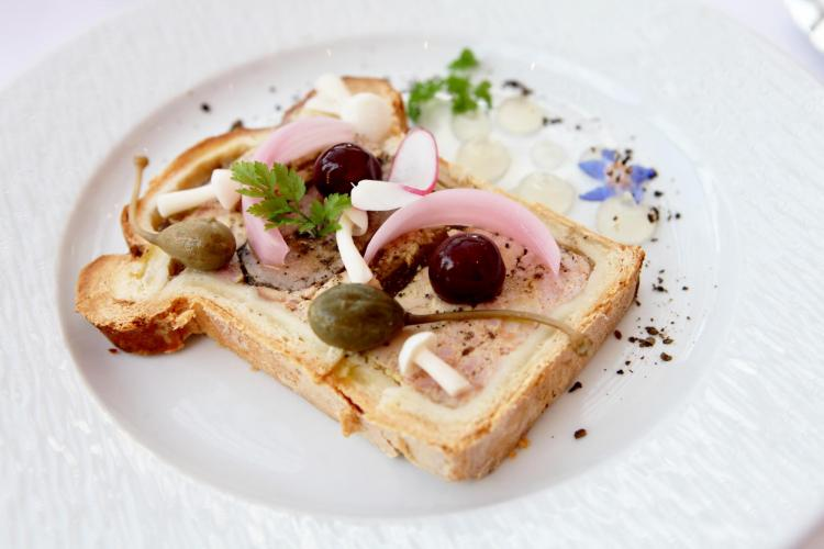 Les Maritonnes Parc & Vignoble - Restaurant Rouge & Blanc-8