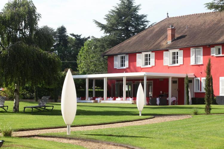 Les Maritonnes Parc & Vignoble - Restaurant Rouge & Blanc-11