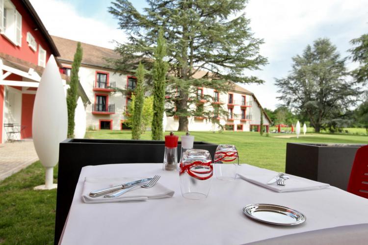Les Maritonnes Parc & Vignoble - Restaurant Rouge & Blanc-20
