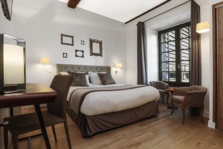 Hôtel Joyet de Maubec-13
