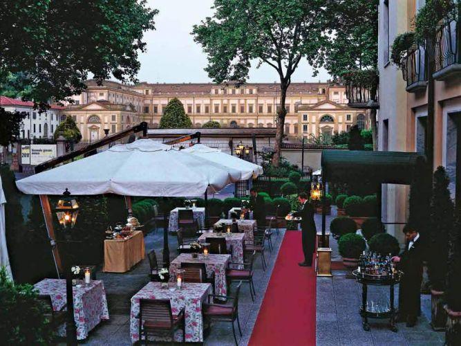 Hotel de la Ville-26
