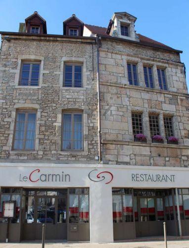 Le Carmin-1