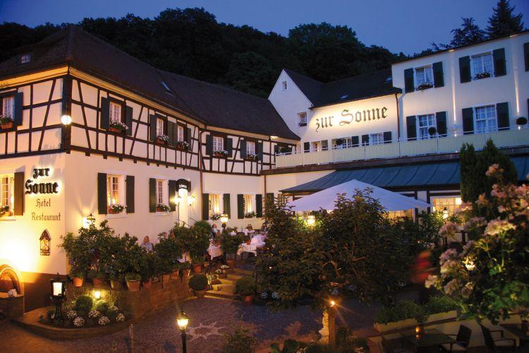 Romantik Hotel Zur Sonne-1
