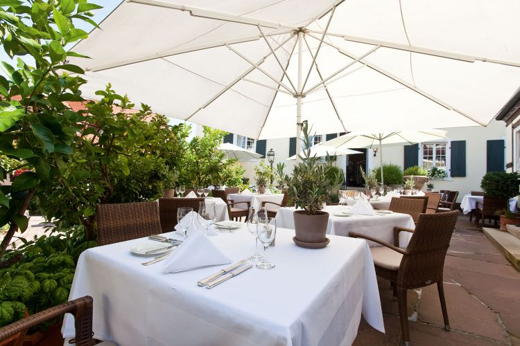 Romantik Hotel Zur Sonne-5