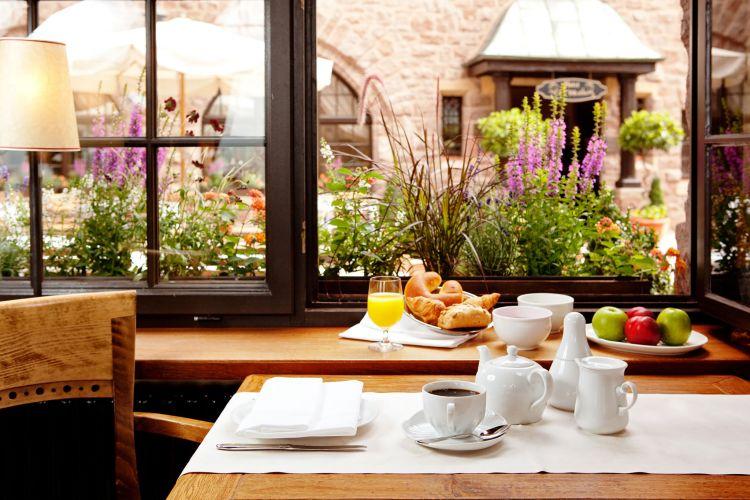 Romantik Hotel auf der Wartburg-8