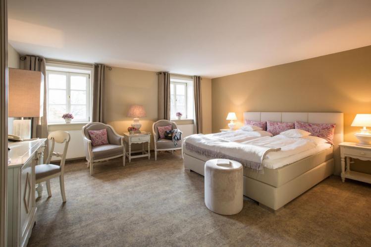 Romantik Hotel Am Brühl-3