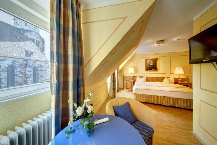 Romantik Hotel Der Adelshof-3