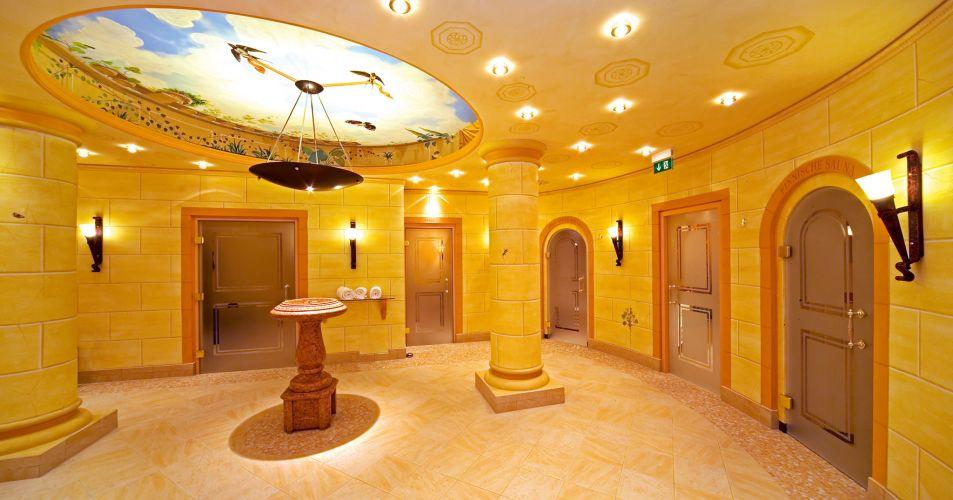 Romantik Hotel Der Adelshof-4