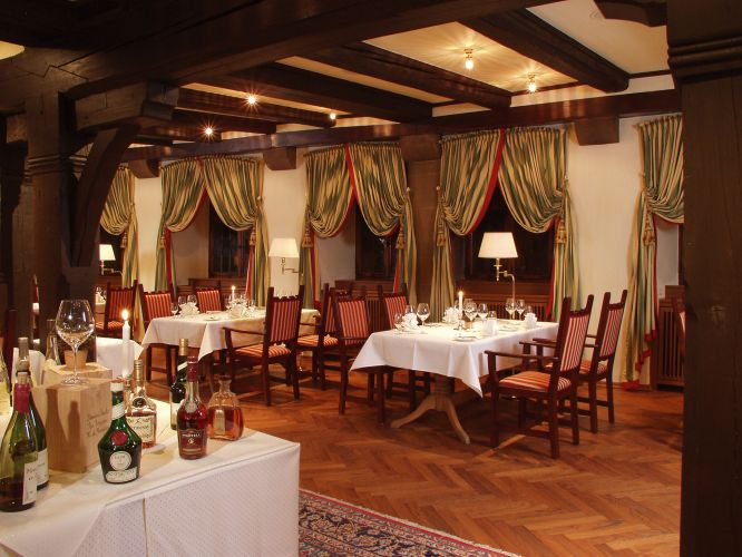 Romantik Hotel Der Adelshof-5