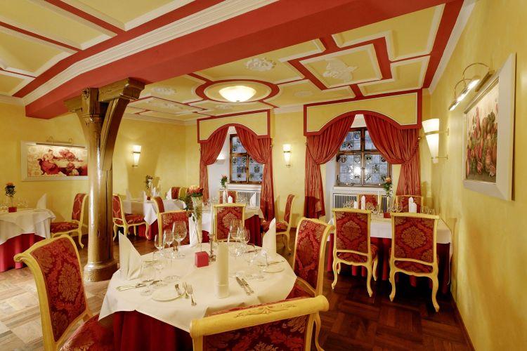 Romantik Hotel Der Adelshof-6