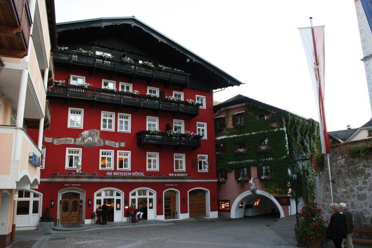 Romantik Hotel im Weissen Rössl am Wolfgangsee-1