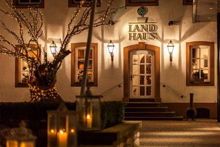 Romantik Hotel Landschloss Fasanerie-8
