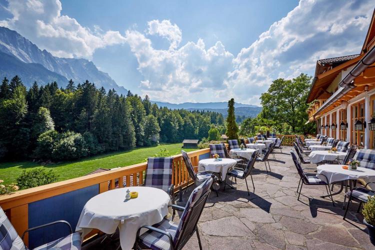 Romantik Alpenhotel Waxenstein-9