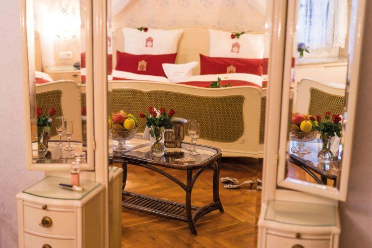 Romantik Hotel Deutsches Haus-4