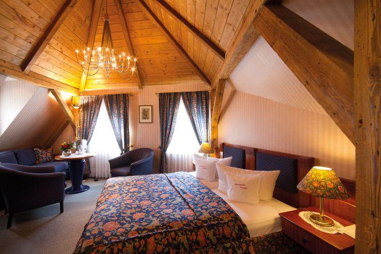 Romantik Hotel Weinhaus Messerschmitt-4