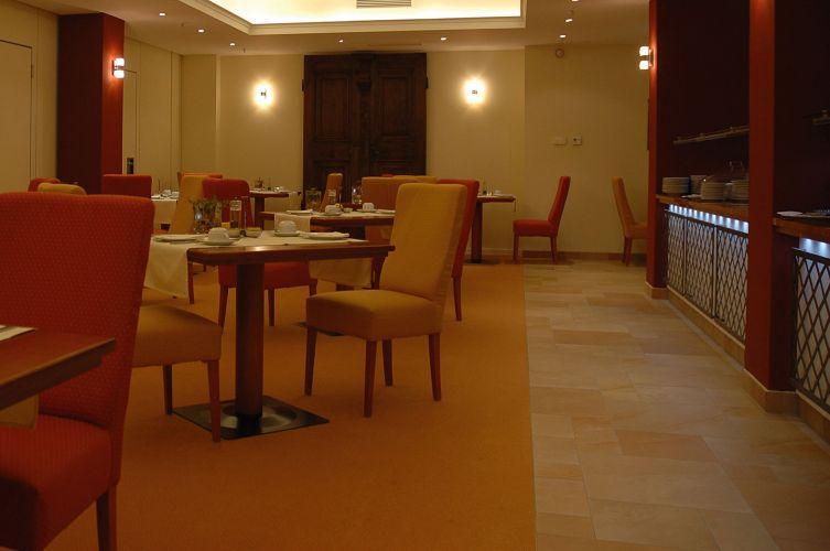 Romantik Hotel Weinhaus Messerschmitt-9