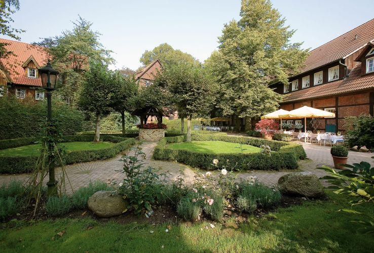 Romantik Hotel Hof zur Linde-1