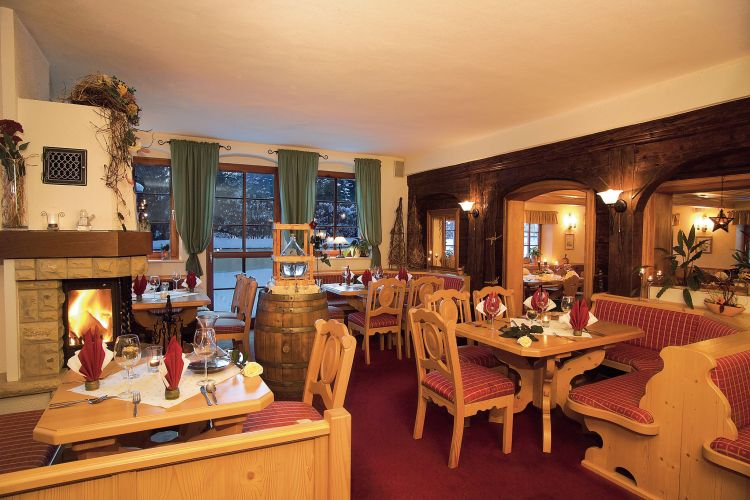 Romantik Hotel Zum Lindengarten-3