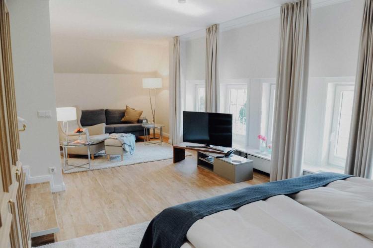 Romantik Hotel Köllner's Landhaus-3