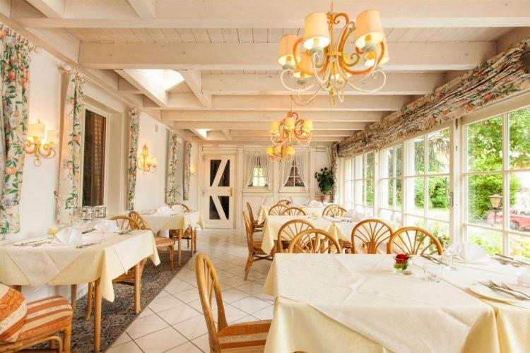 Romantik Hotel Johanniter-Kreuz-9