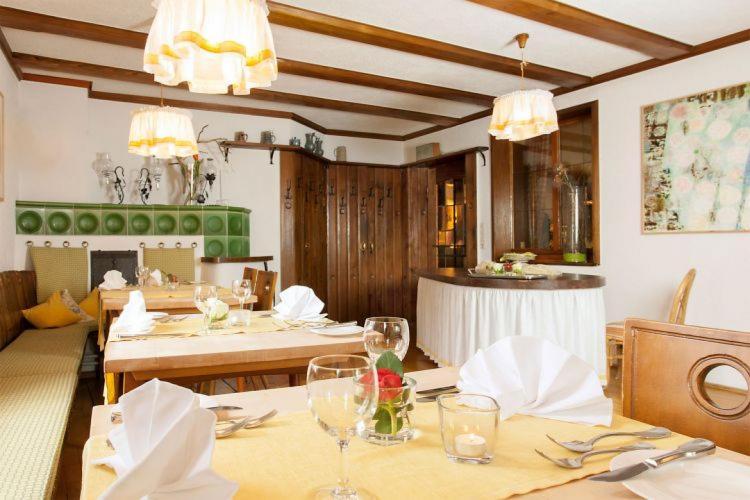 Romantik Hotel Johanniter-Kreuz-13