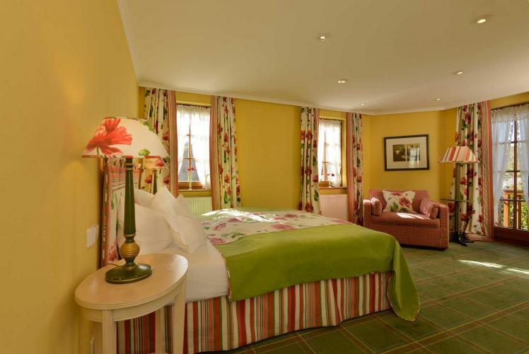 Romantik Hotel I Restaurant Hirsch-2
