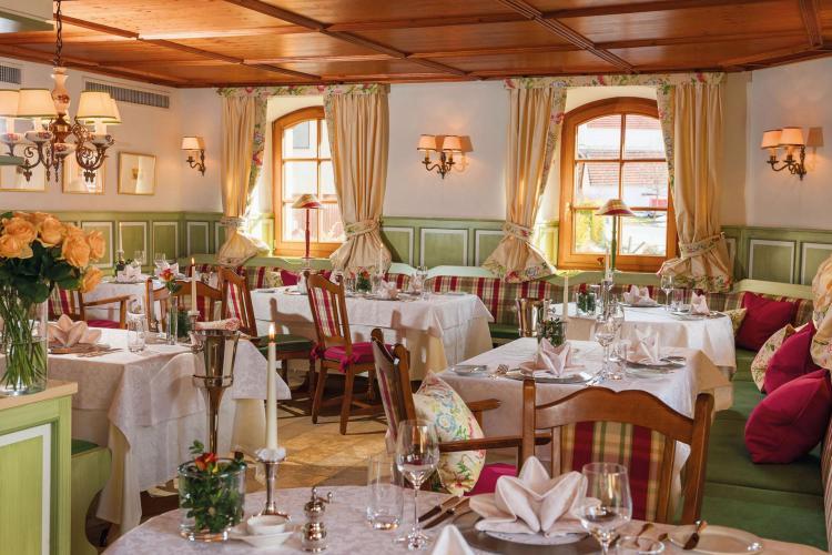 Romantik Hotel I Restaurant Hirsch-8