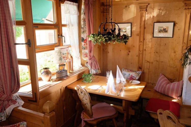 Romantik Hotel I Restaurant Hirsch-10