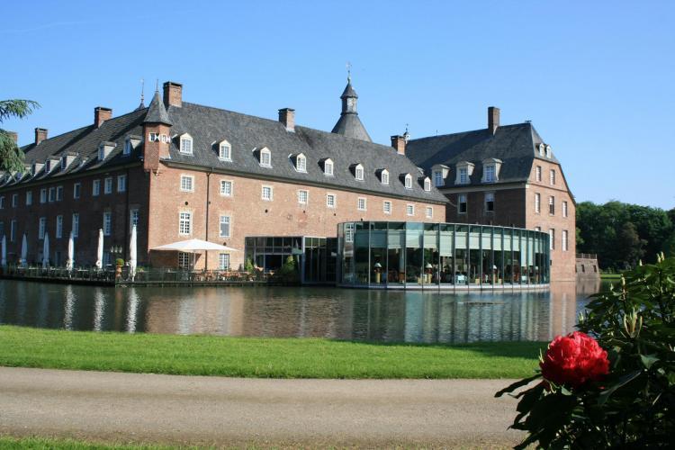 Romantik Parkhotel Wasserburg Anholt-5