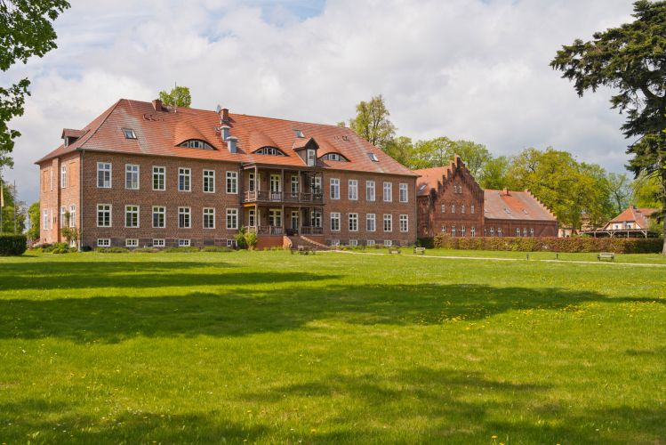 Romantik Hotel Gutshaus Ludorf-1