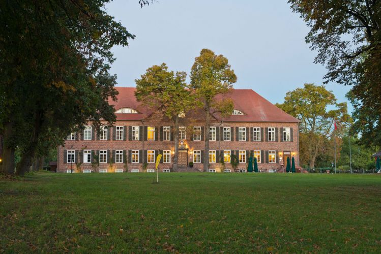 Romantik Hotel Gutshaus Ludorf-2