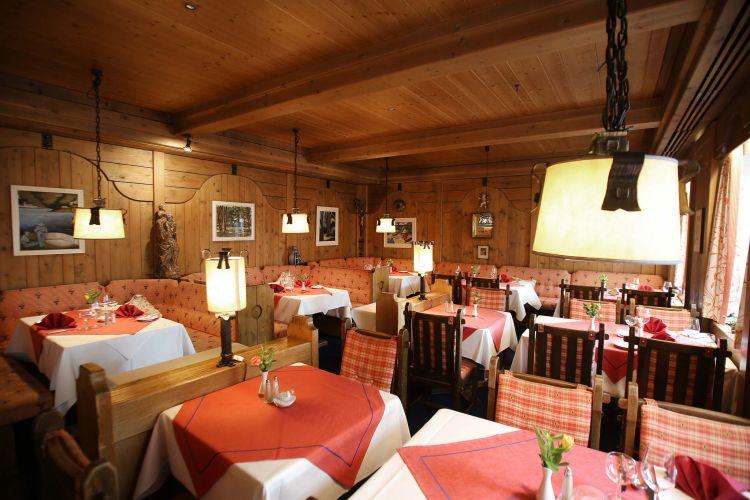 Romantik Hotel Sonne-8