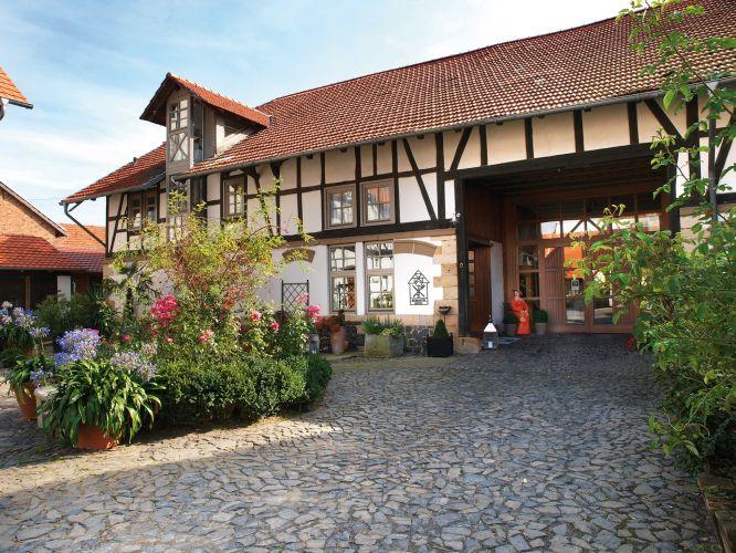 Romantik Hotel Zum Rosenhof-1