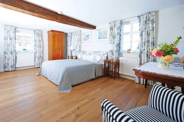 Romantik Hotel Zum Rosenhof-2
