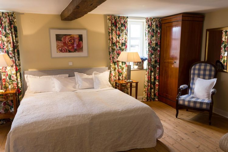Romantik Hotel Zum Rosenhof-3